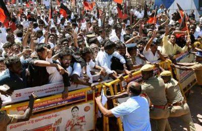 501875-pti-tamil-nadu-cauvery-protest