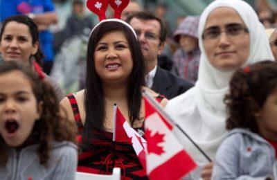 canadian-immigrants-960x480