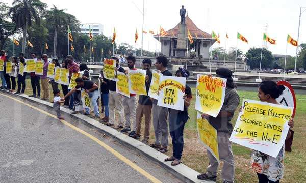 colombo-protest-4